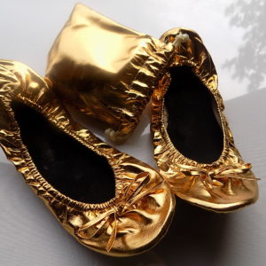 balerini aurii cadou